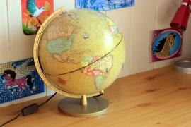"""Globe terrestre """"à l'antique"""""""