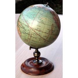 Globe terrestre 1920