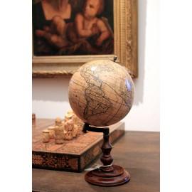 Globe Trianon 1710
